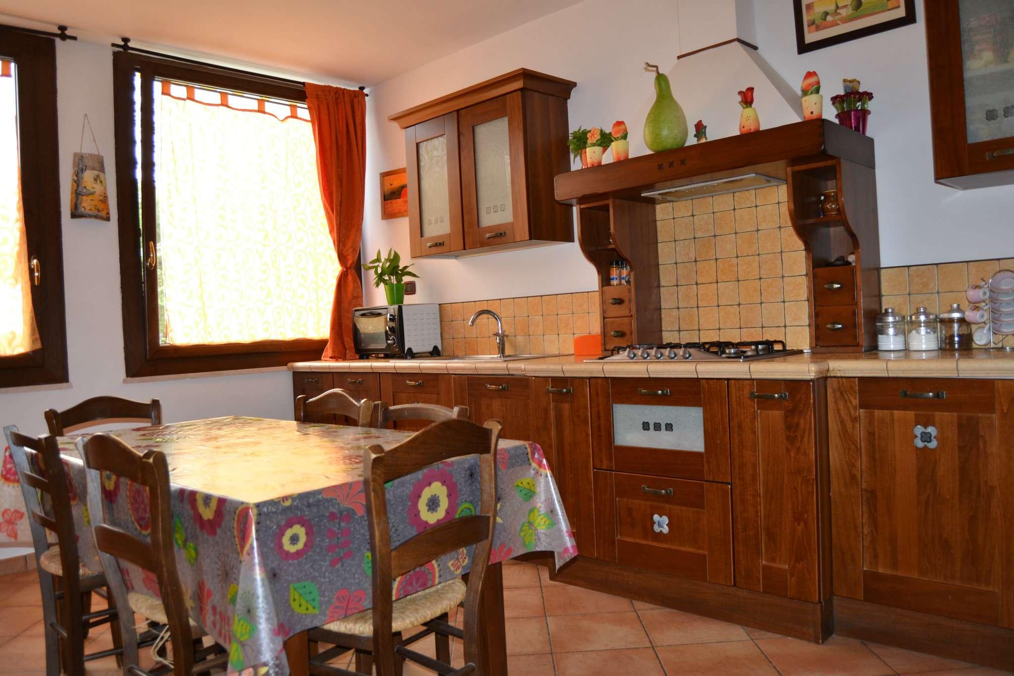 Appartamento in vendita a Agugliano, 3 locali, prezzo € 150.000 | Cambio Casa.it