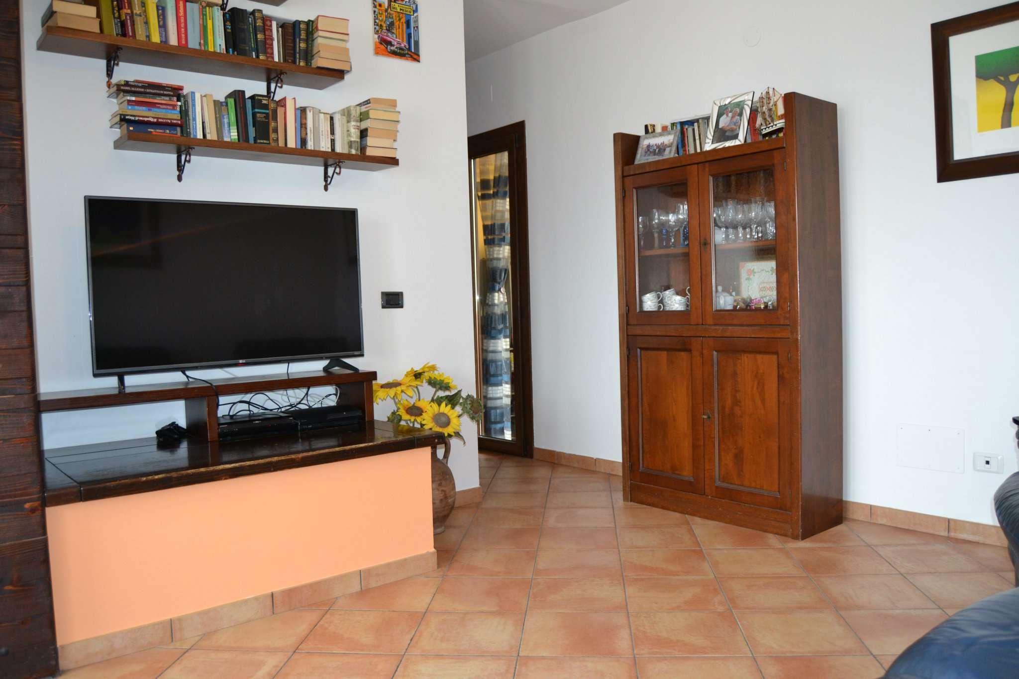 Appartamento in vendita a Agugliano, 3 locali, prezzo € 150.000 | CambioCasa.it