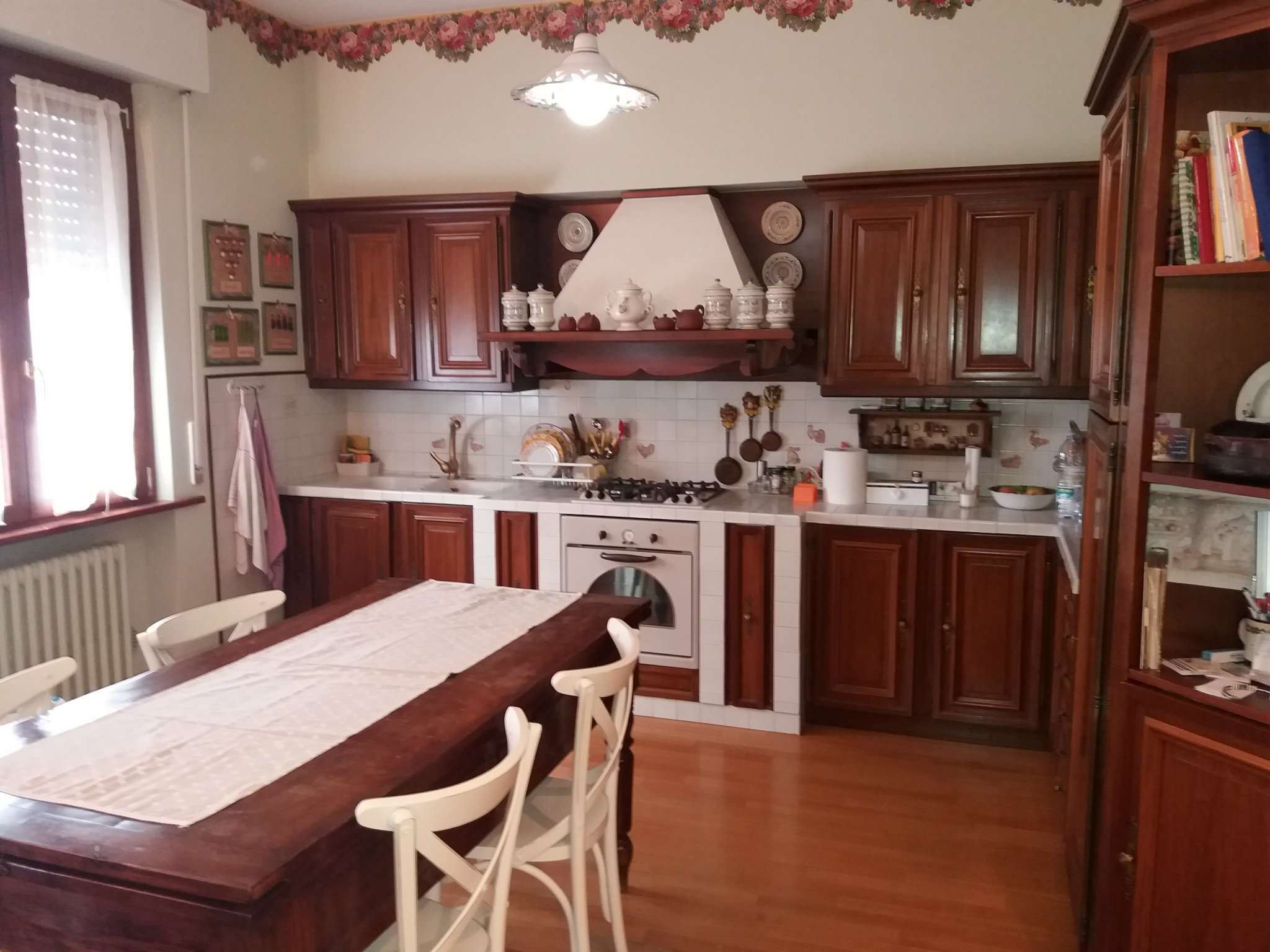Appartamento in vendita a Agugliano, 5 locali, prezzo € 185.000 | Cambio Casa.it