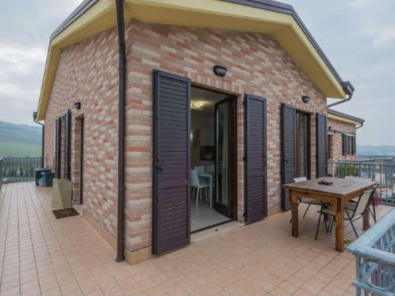 Appartamento in vendita a Polverigi, 3 locali, prezzo € 178.000 | CambioCasa.it