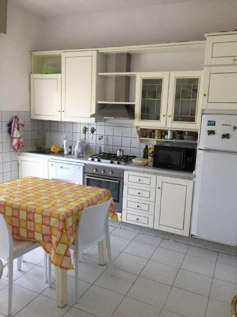 Appartamento in affitto a Ancona, 3 locali, prezzo € 450 | CambioCasa.it