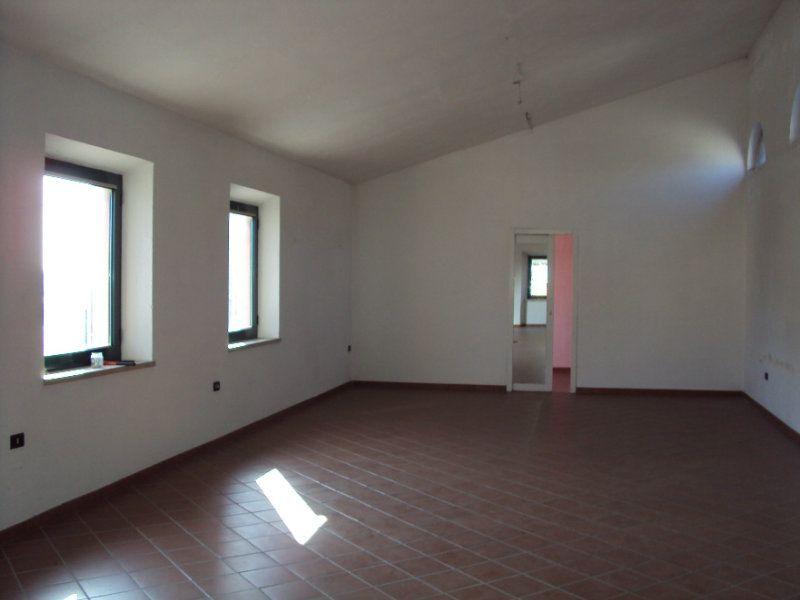 Ufficio / Studio in affitto a Ancona, 9999 locali, prezzo € 1.500 | Cambio Casa.it