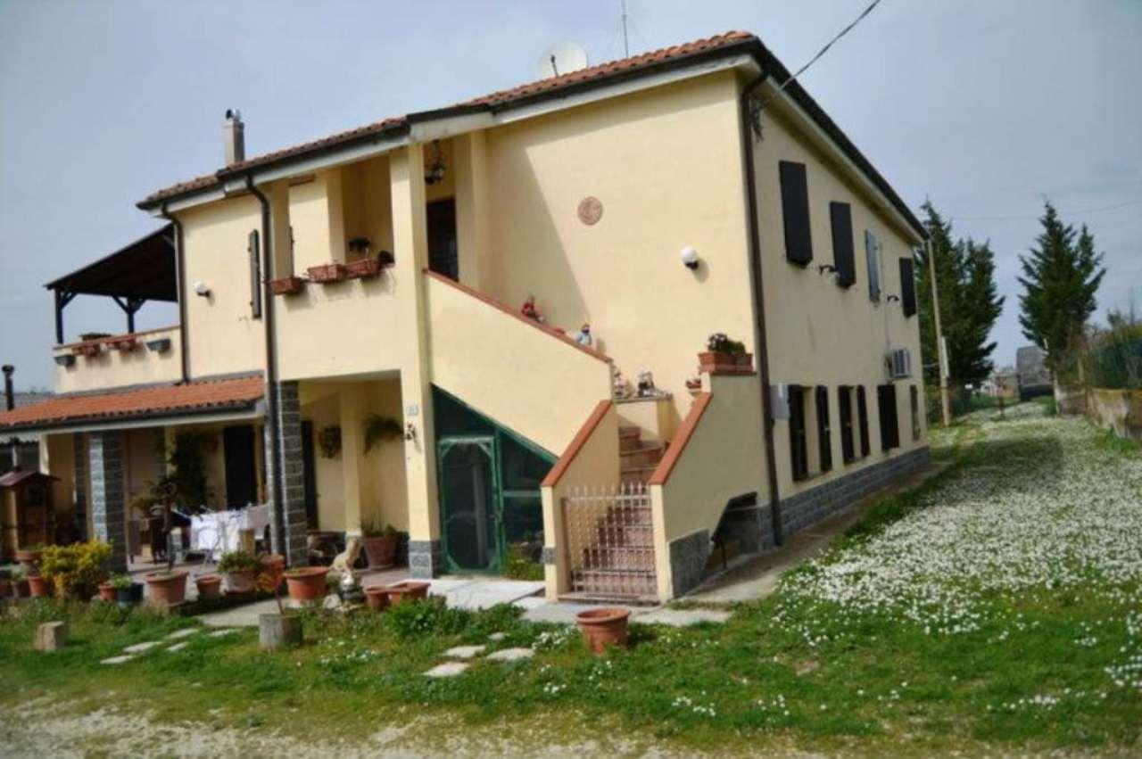 Rustico / Casale in vendita a Agugliano, 4 locali, prezzo € 295.000 | Cambio Casa.it