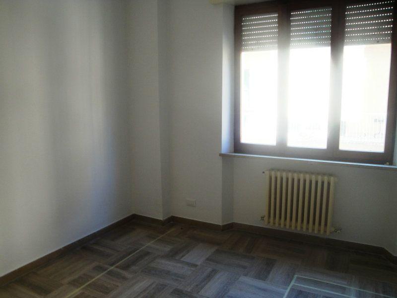 Appartamento in affitto a Osimo, 3 locali, prezzo € 350 | CambioCasa.it