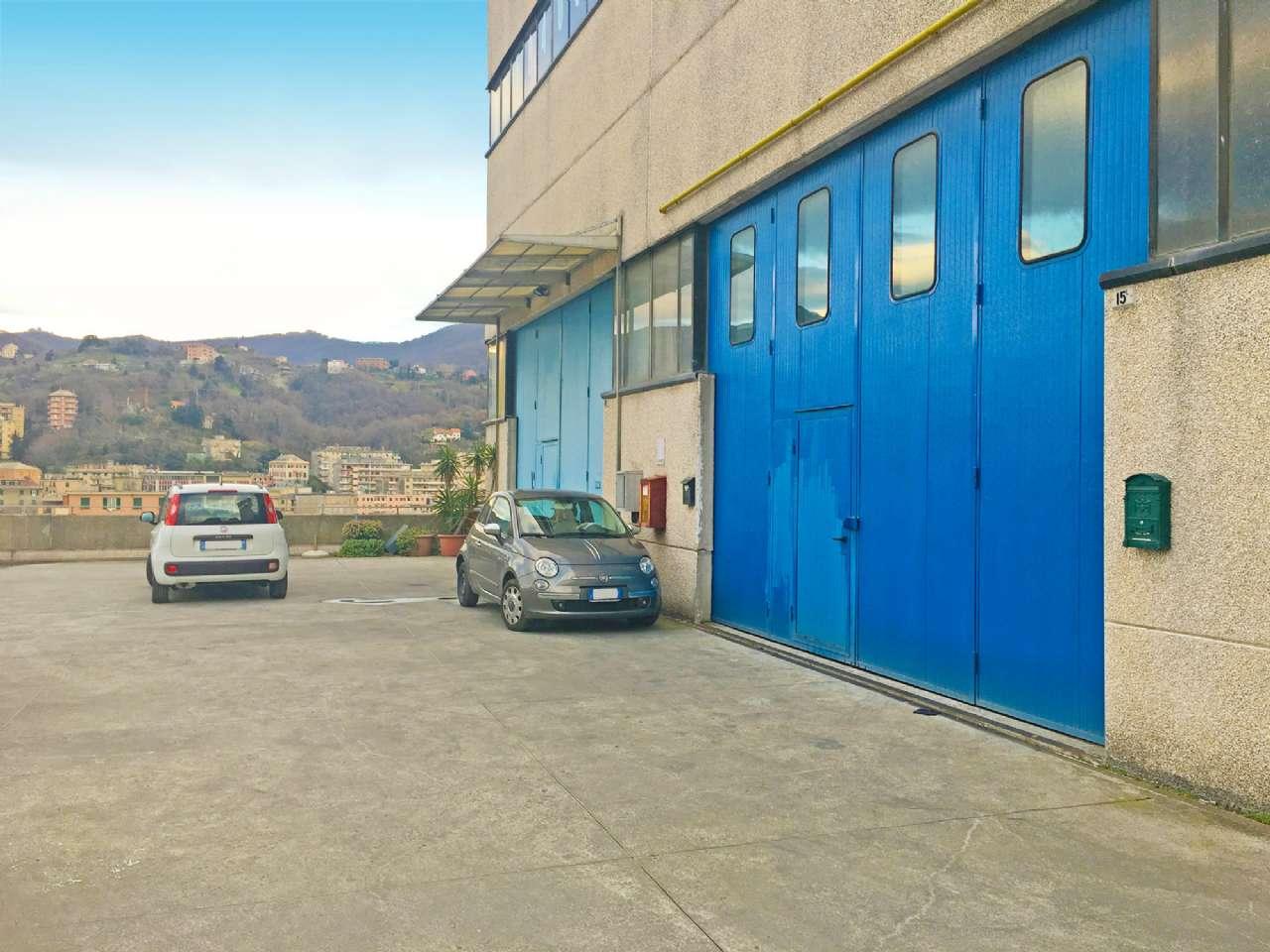 Capannone in vendita a Genova, 1 locali, zona Zona: 6 . Bolzaneto, Valpolcevera, Rivarolo, prezzo € 290.000   CambioCasa.it