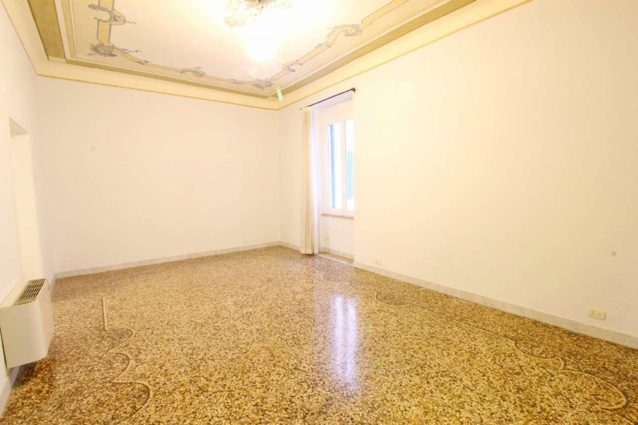 Foto 1 di Appartamento corso TORINO, Genova (zona Carignano, Castelletto, Albaro, Foce)