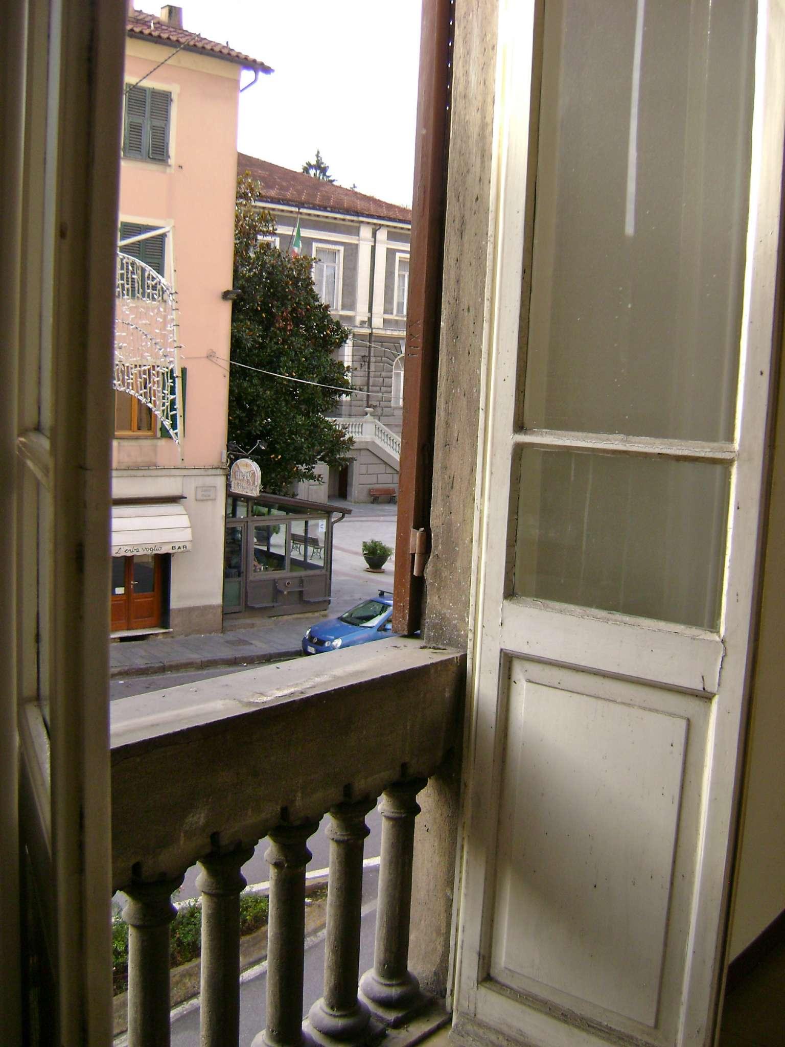 Appartamento in vendita a Busalla, 5 locali, prezzo € 89.000 | CambioCasa.it
