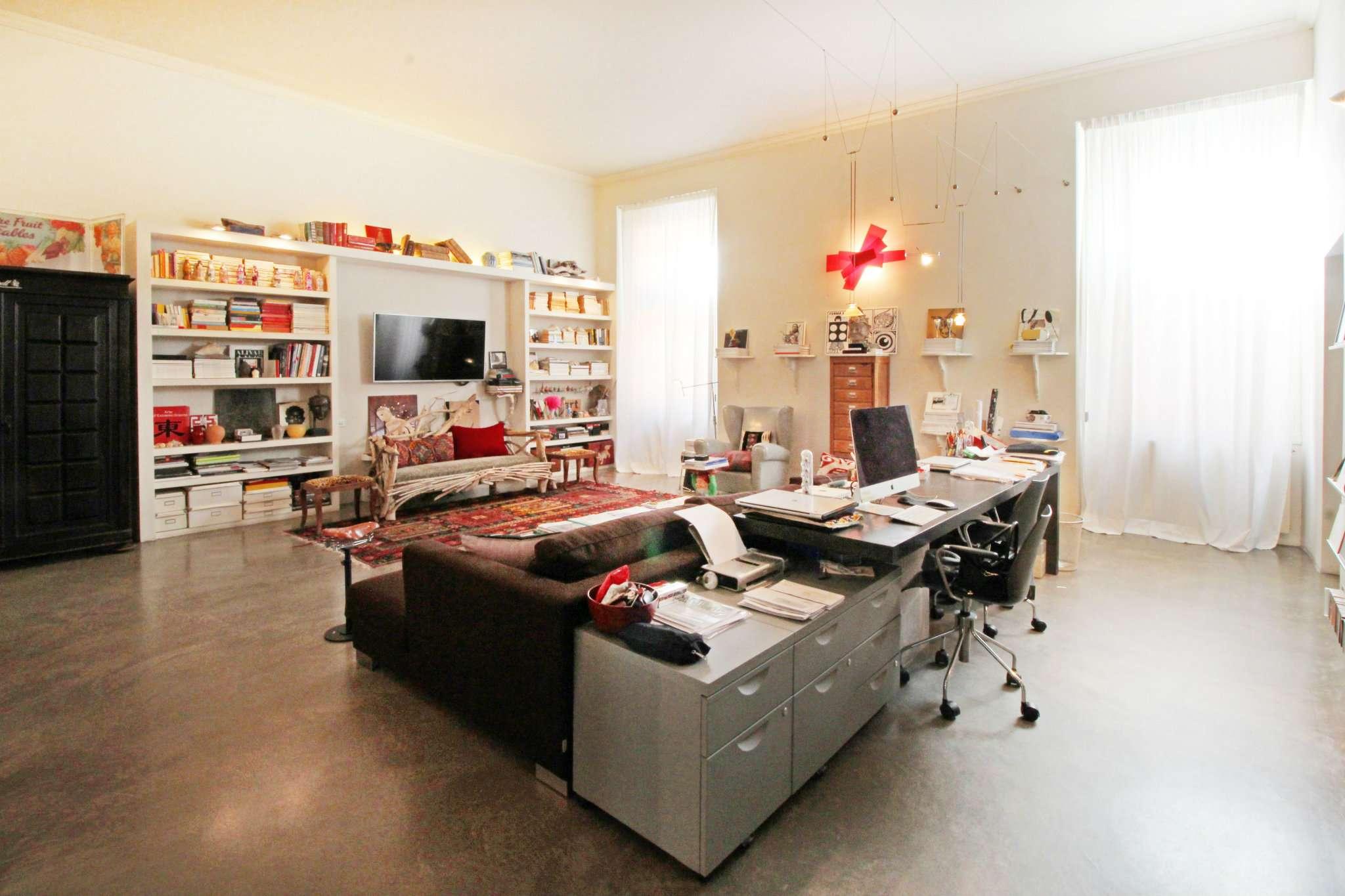 Foto 1 di Appartamento via SAN VINCENZO, Genova (zona Centro città)