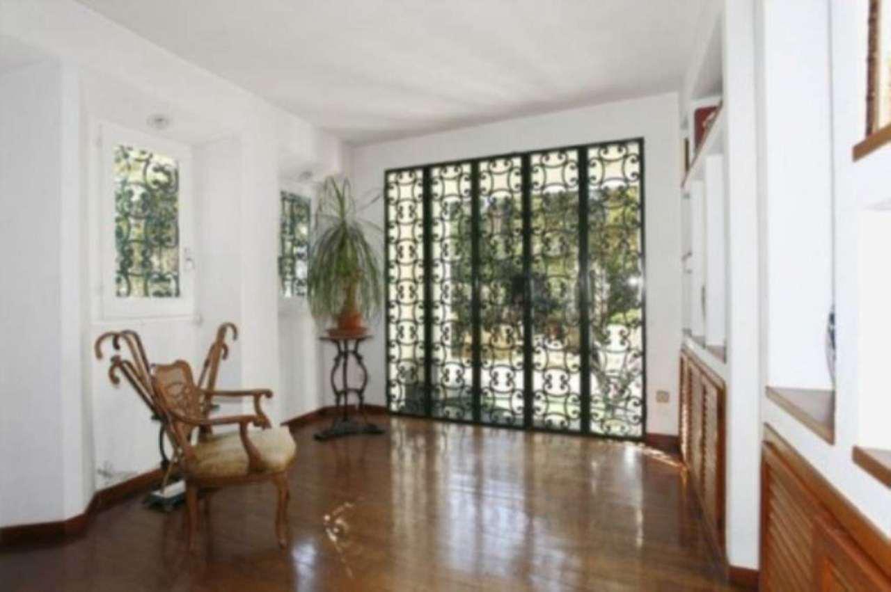 Villa in vendita a Genova, 6 locali, Trattative riservate   CambioCasa.it
