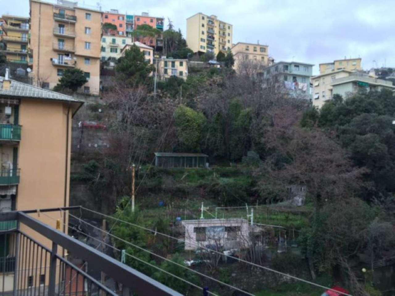 Bilocale Genova Via Berghini 1