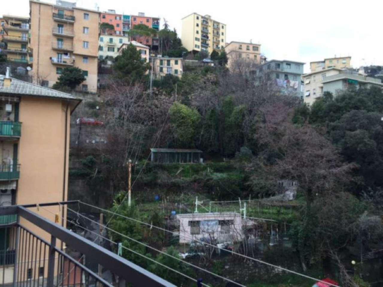 Bilocale Genova Via Berghini 11