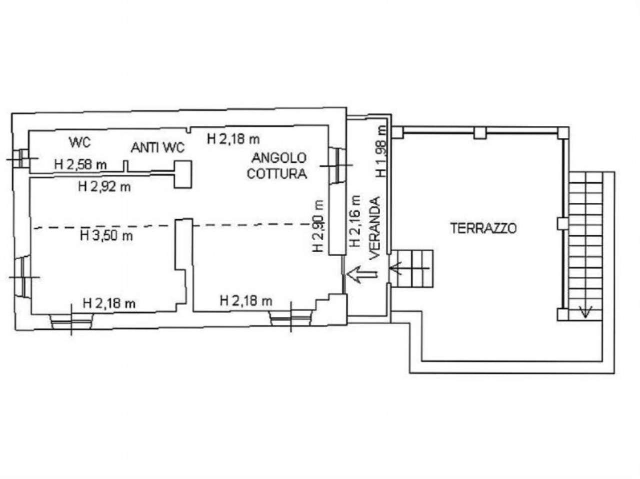 Vendita  bilocale Genova Via Lastrego De Resa 1 1063239