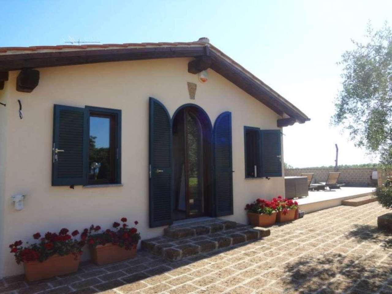 Soluzione Indipendente in vendita a Vignanello, 6 locali, Trattative riservate | Cambio Casa.it