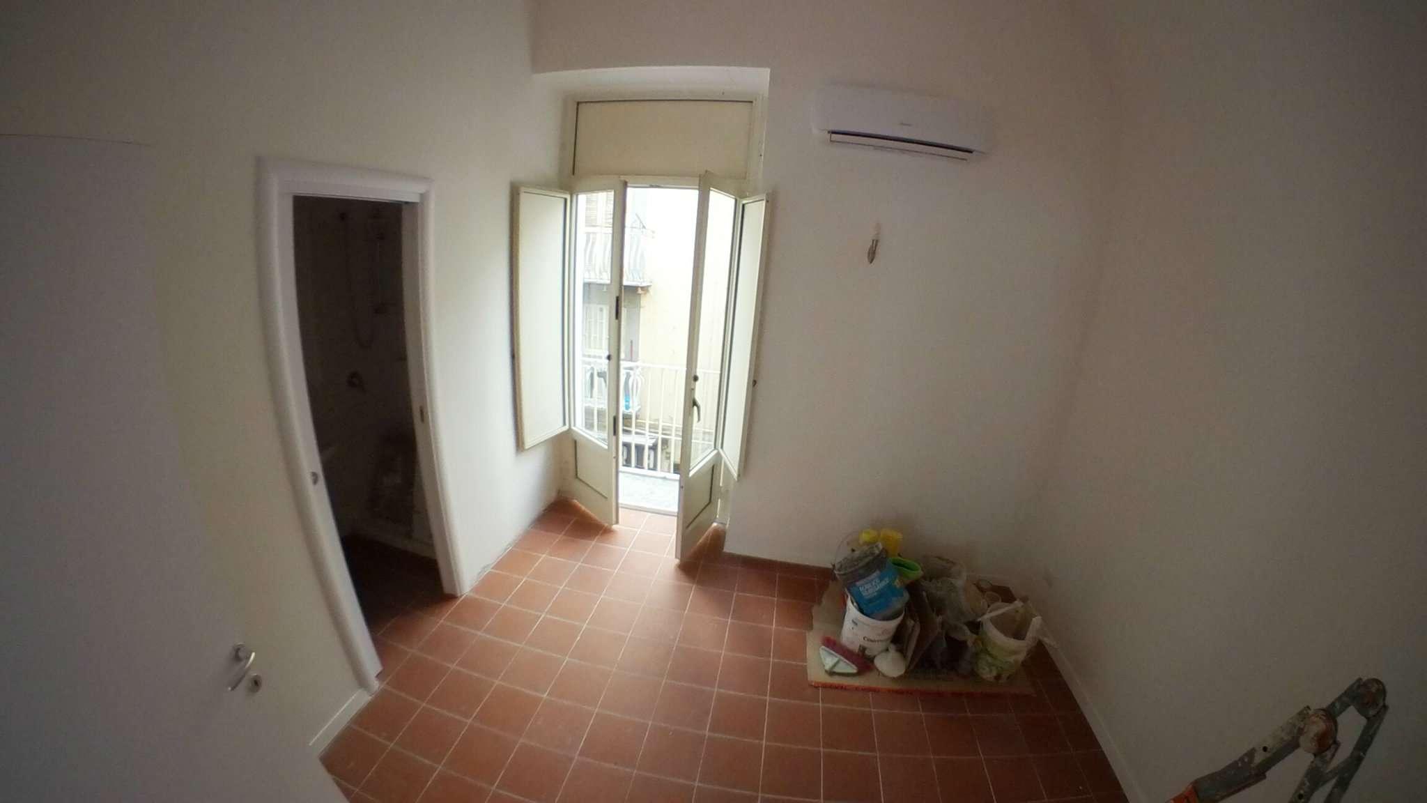 Appartamento in affitto a Napoli, 2 locali, zona Zona: 1 . Chiaia, Posillipo, San Ferdinando, prezzo € 780   Cambio Casa.it