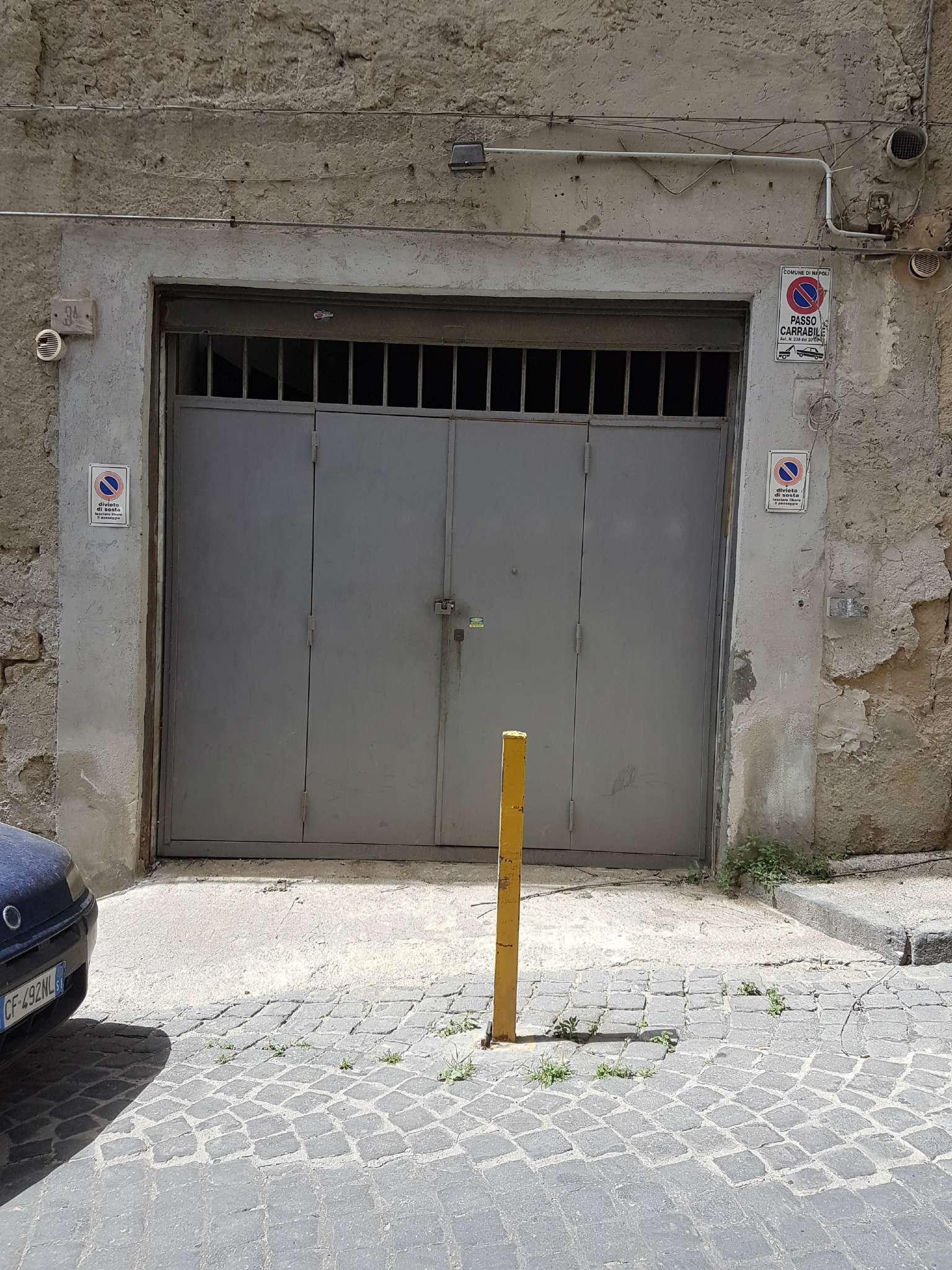 Magazzino in affitto a Napoli, 2 locali, zona Zona: 1 . Chiaia, Posillipo, San Ferdinando, prezzo € 400 | CambioCasa.it