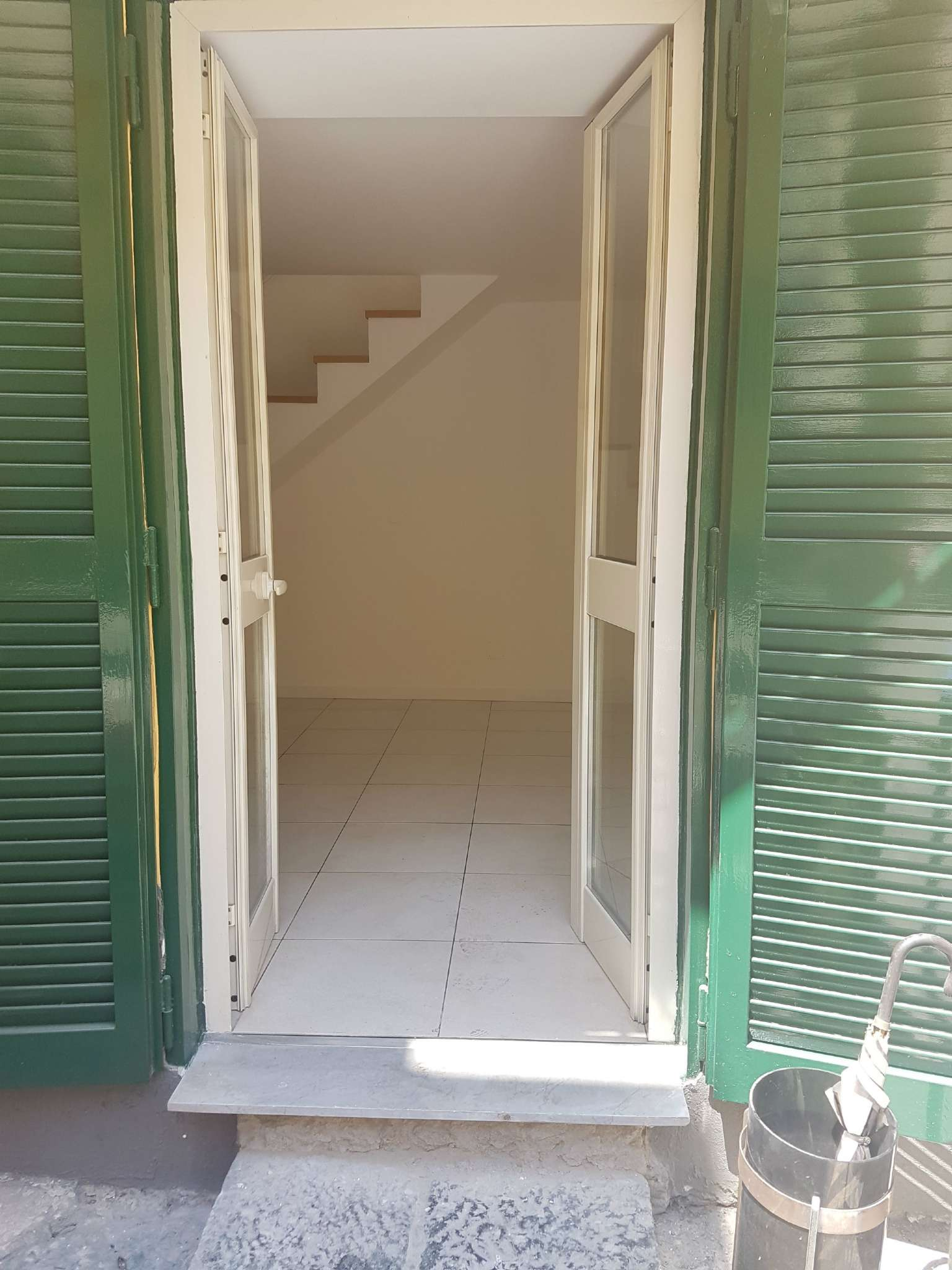 Appartamento in affitto a Napoli, 2 locali, zona Zona: 1 . Chiaia, Posillipo, San Ferdinando, prezzo € 650 | CambioCasa.it