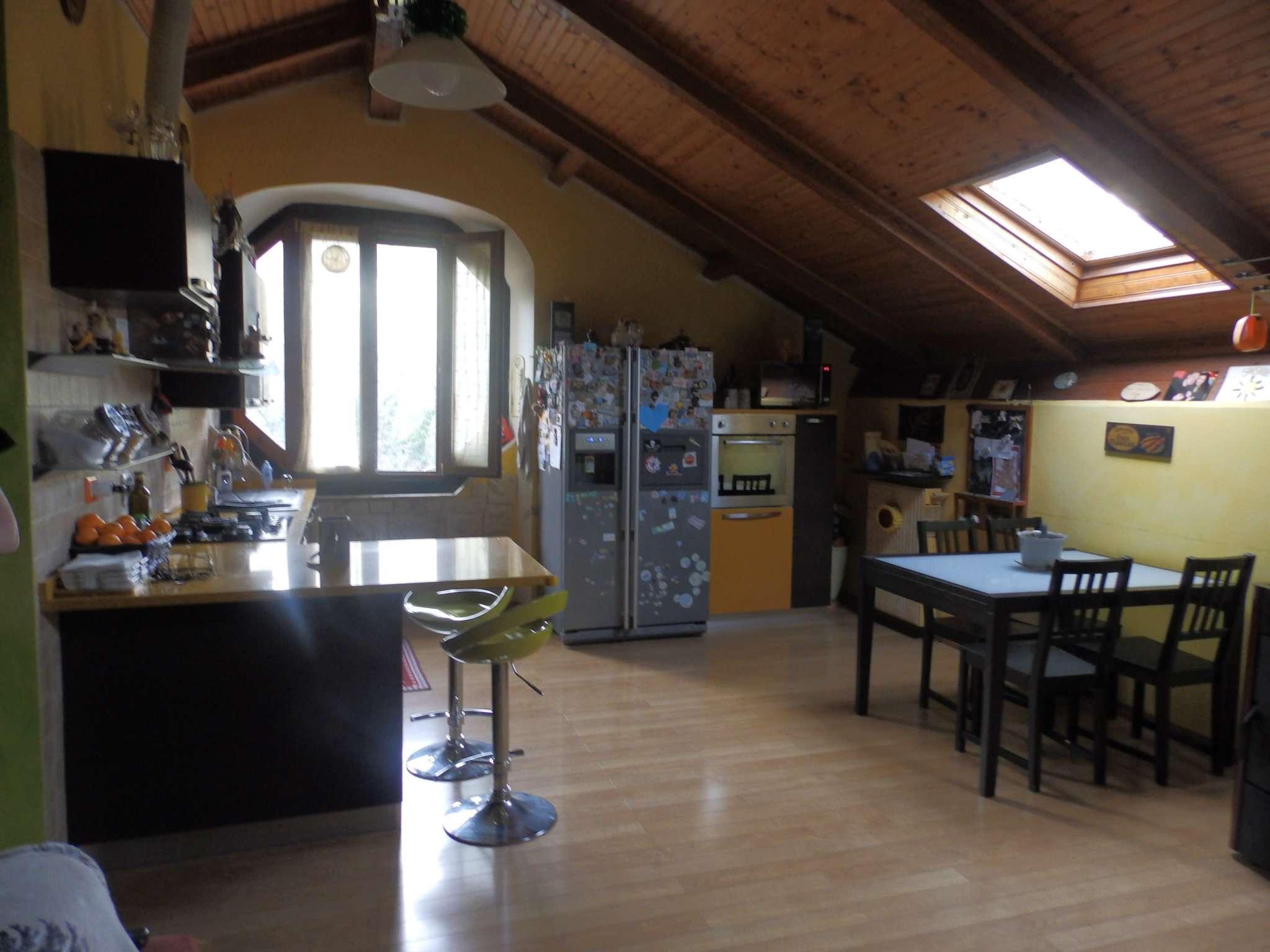 Appartamento in vendita a Mignanego, 5 locali, prezzo € 98.000 | CambioCasa.it
