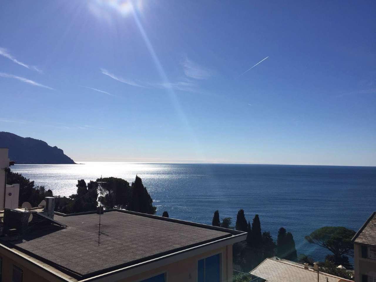 Appartamento in vendita a Sori, 4 locali, prezzo € 370.000 | CambioCasa.it