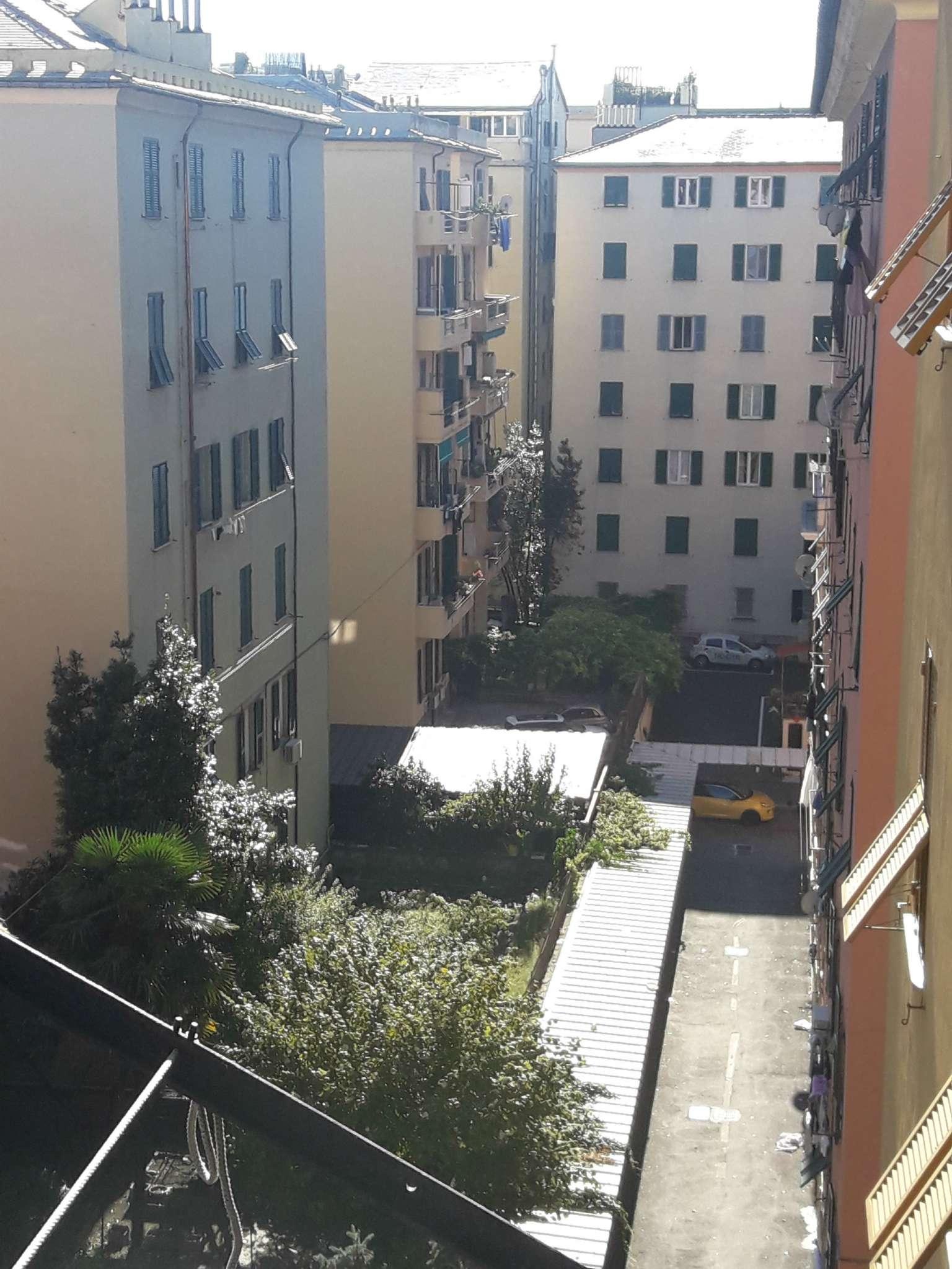 Foto 4 di Appartamento corso Torino, Genova (zona Carignano, Castelletto, Albaro, Foce)