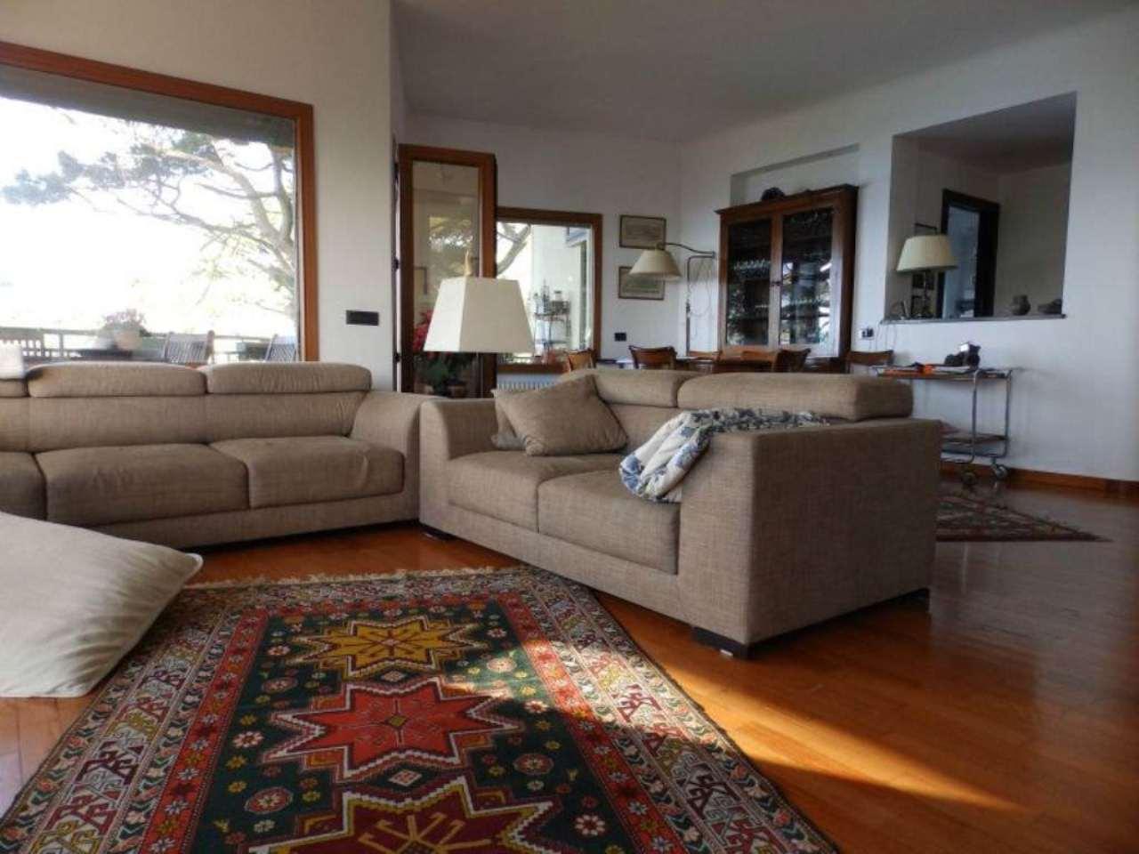 Appartamento in vendita a Bogliasco, 8 locali, prezzo € 800.000 | Cambio Casa.it