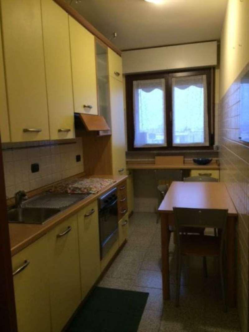 Bilocale Milano Via Appennini 2
