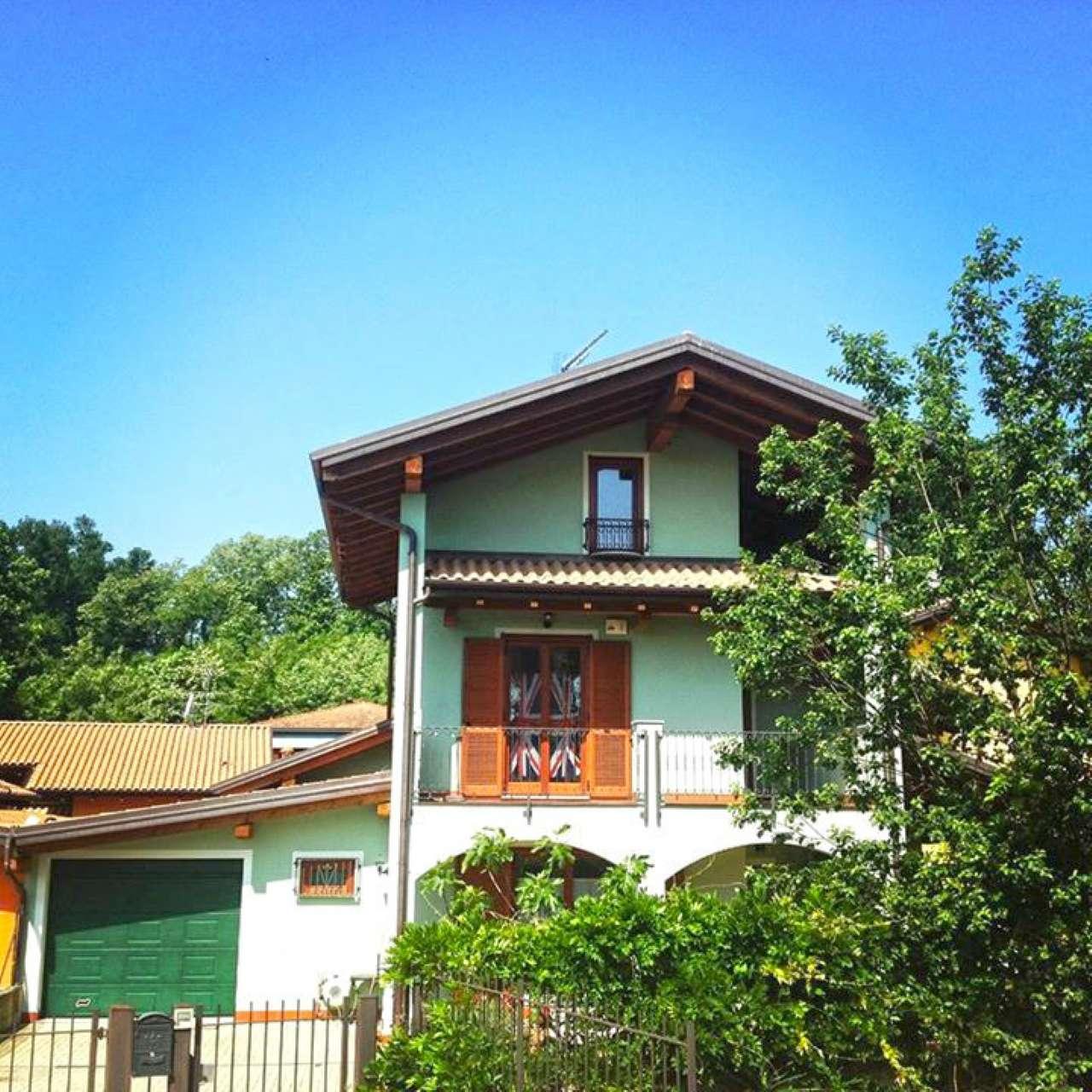Villa in vendita a Invorio, 4 locali, prezzo € 237.000 | Cambio Casa.it