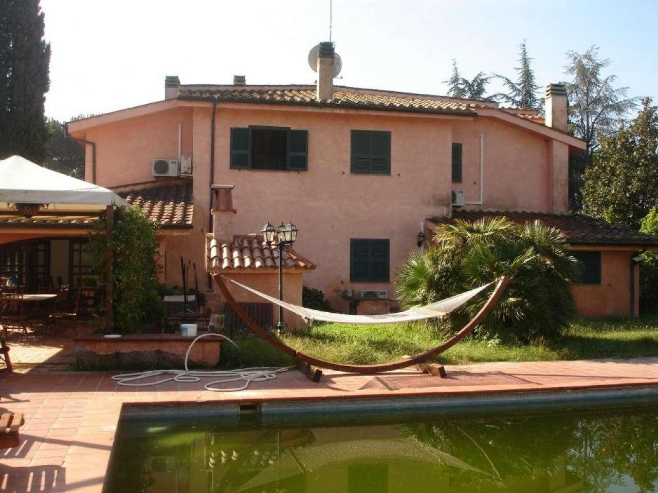Annunci immobiliari di ville con piscina a roma for Annunci immobiliari roma