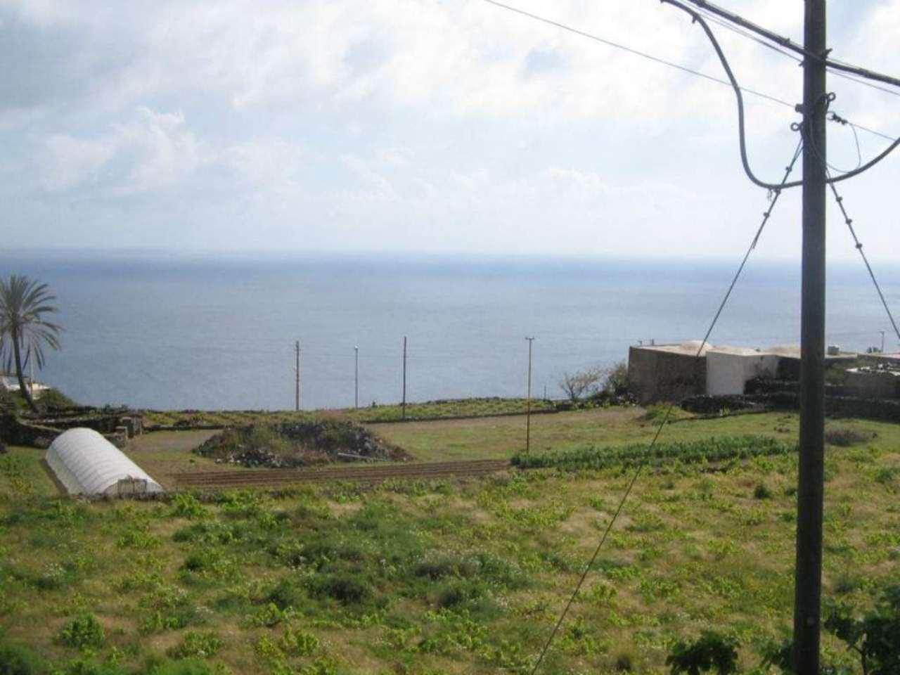 Villa pantelleria vendita 190000 euro 220 mq 04 06 2016 - Immobile non soggetto all obbligo di certificazione energetica ...