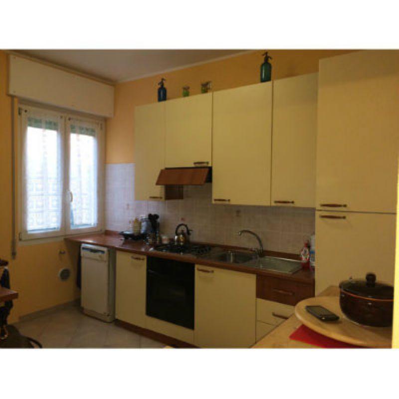 Appartamento in vendita a Leggiuno, 3 locali, prezzo € 80.000 | CambioCasa.it