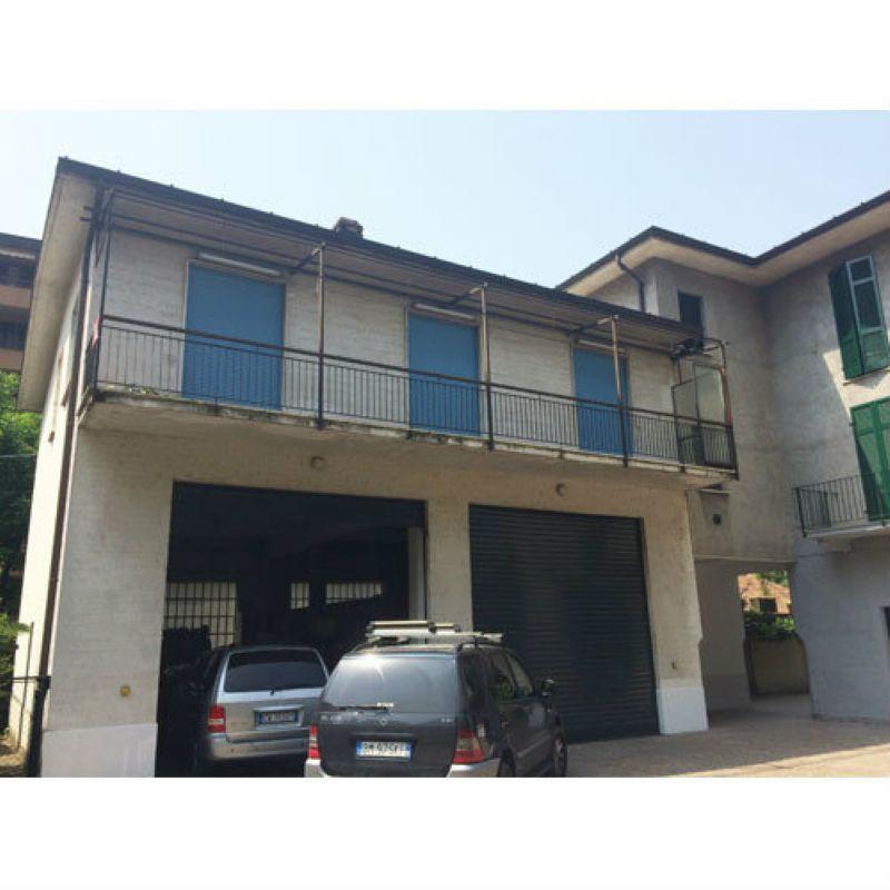 Appartamento in vendita a Laveno-Mombello, 3 locali, prezzo € 170.000 | Cambio Casa.it