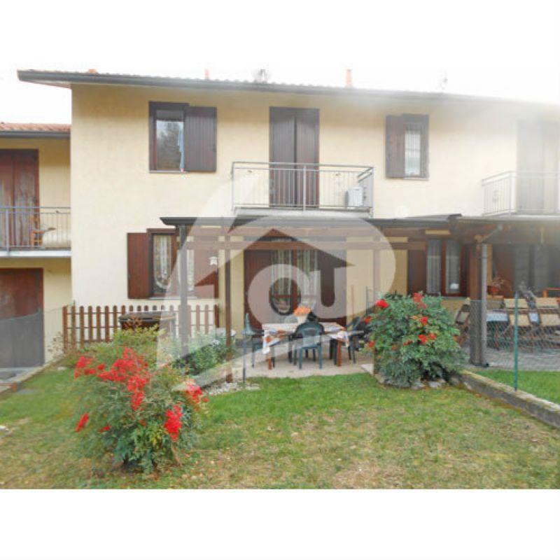 Villa a Schiera in Vendita a Laveno-Mombello