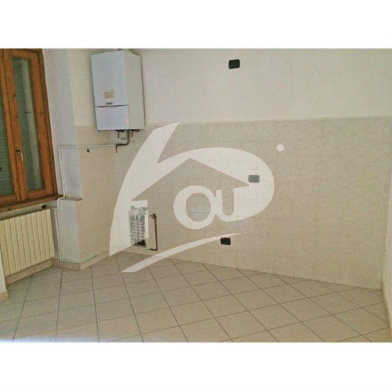 Appartamento in affitto a Laveno-Mombello, 3 locali, prezzo € 450 | Cambio Casa.it