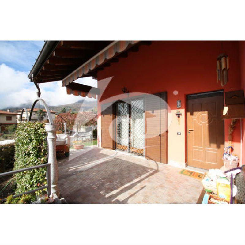 Villa in vendita a Brenta, 4 locali, prezzo € 400.000 | Cambio Casa.it