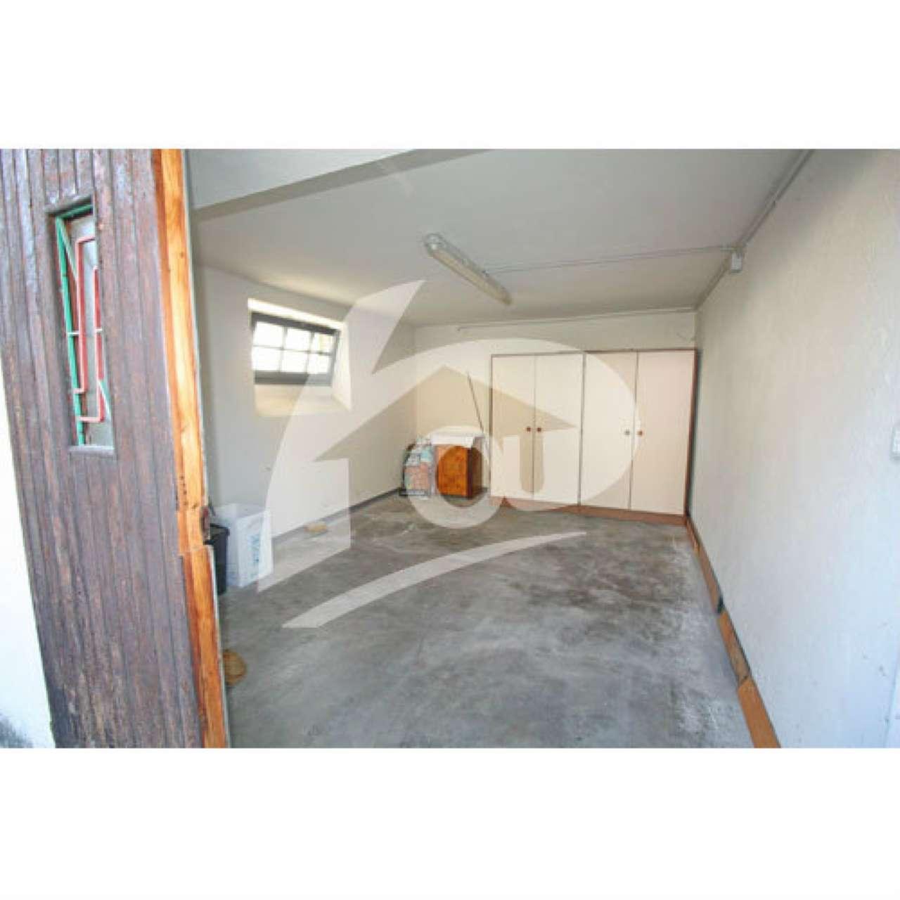 Appartamento in vendita a Laveno-Mombello, 2 locali, prezzo € 95.000 | Cambio Casa.it
