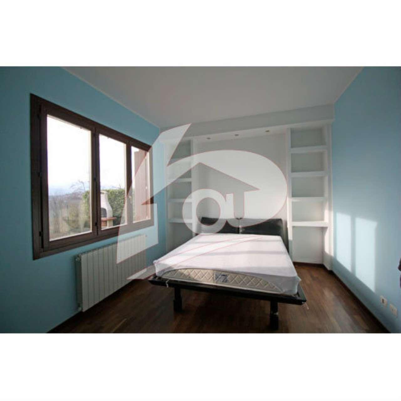 Appartamento in vendita a Besozzo, 2 locali, prezzo € 100.000 | Cambio Casa.it