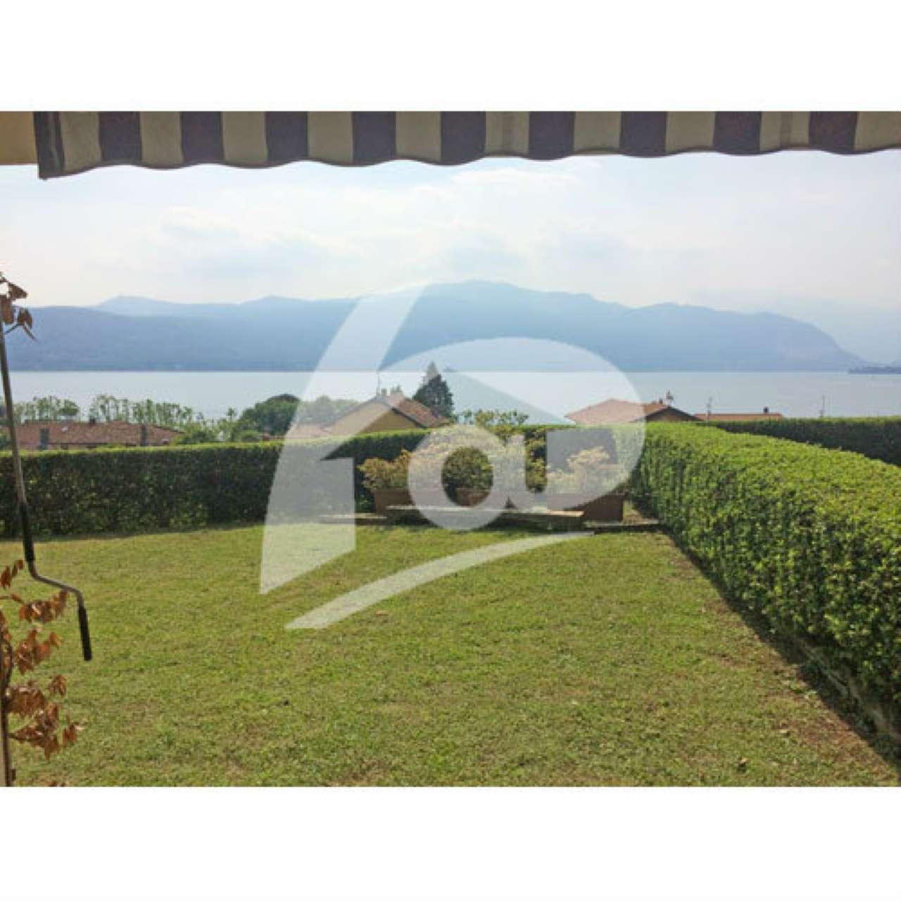 Villa a Schiera in vendita a Laveno-Mombello, 3 locali, prezzo € 215.000 | CambioCasa.it