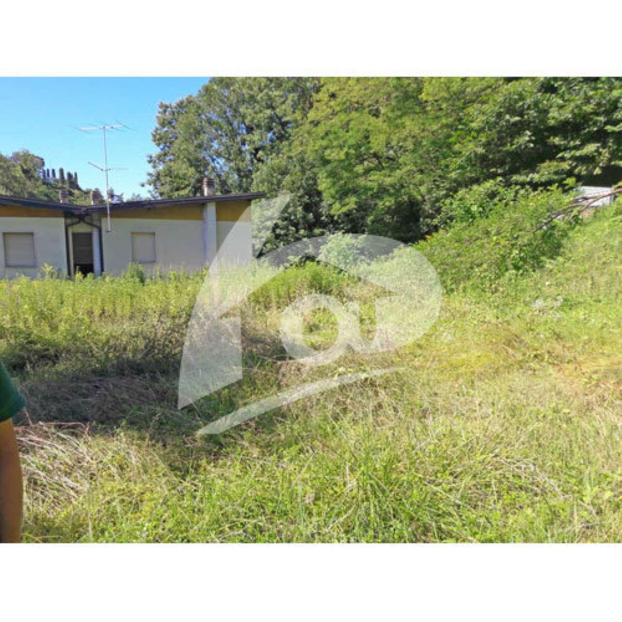 Terreno Edificabile Residenziale in vendita a Laveno-Mombello, 9999 locali, prezzo € 85.000   CambioCasa.it