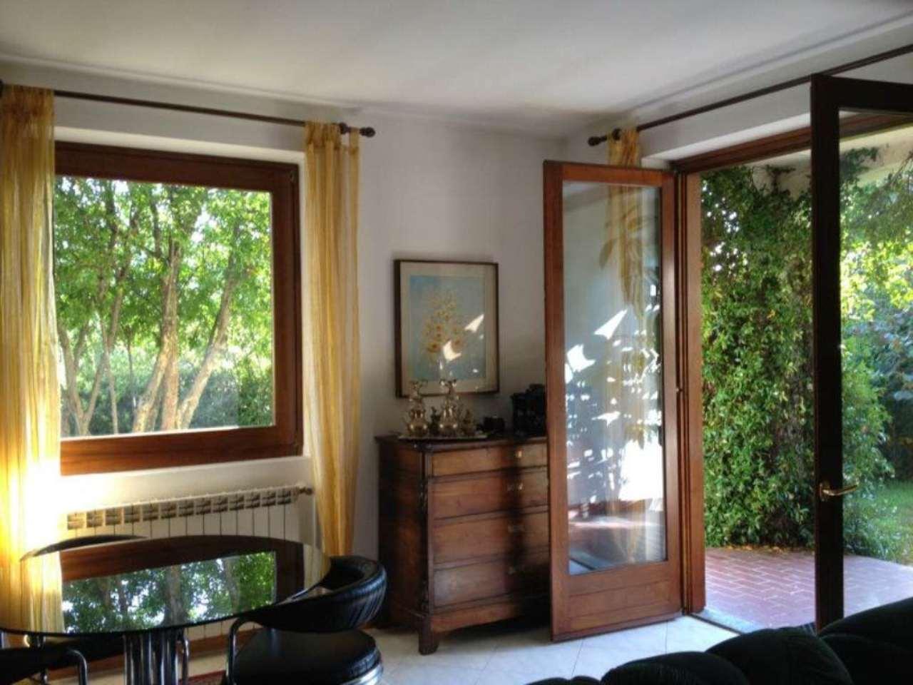 Soluzione Indipendente in vendita a Cittiglio, 5 locali, prezzo € 390.000 | Cambio Casa.it
