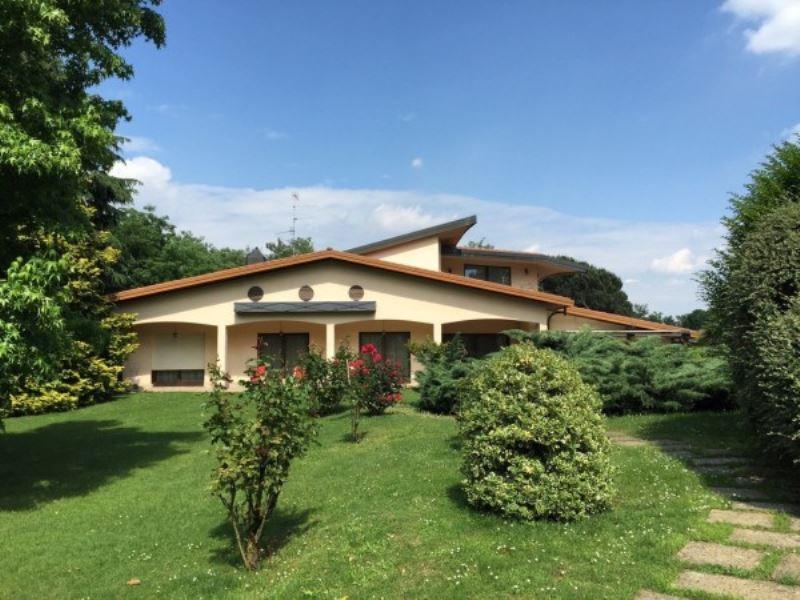 Villa in vendita a Olgiate Olona, 6 locali, Trattative riservate | Cambio Casa.it