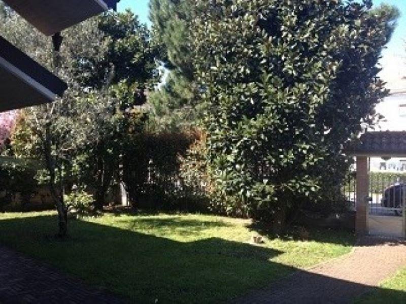 Villa in vendita a Olgiate Olona, 4 locali, prezzo € 345.000 | Cambio Casa.it
