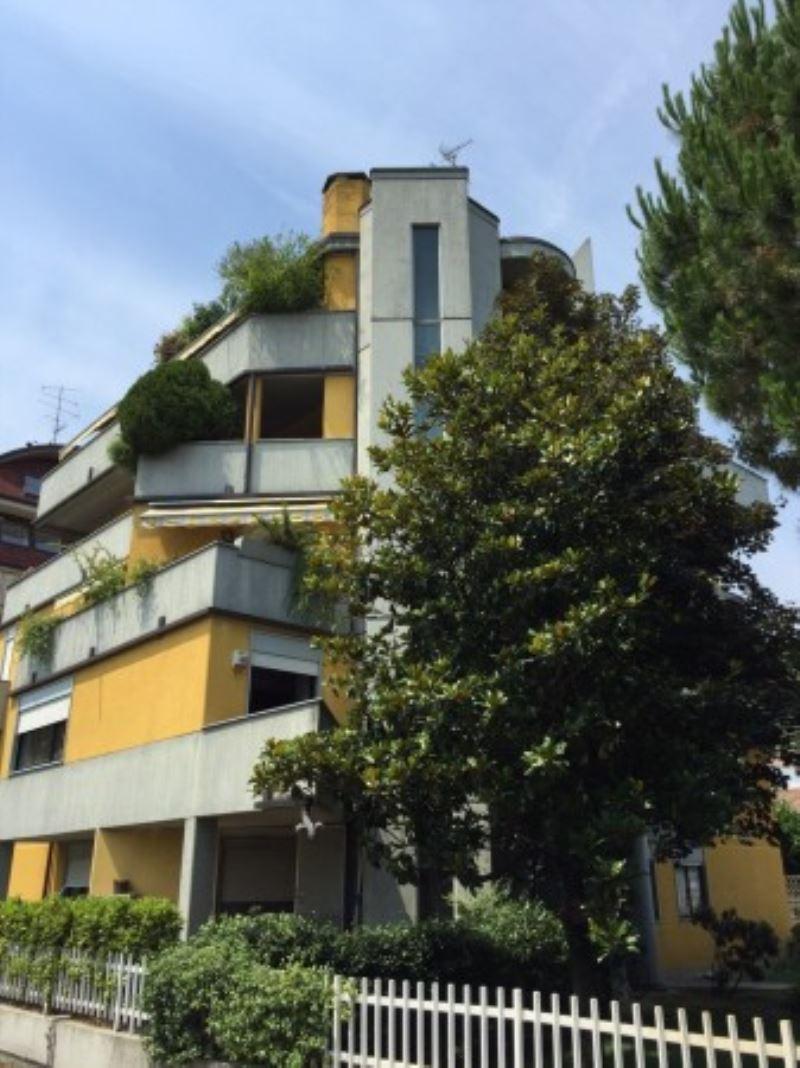 Attico / Mansarda in vendita a Busto Arsizio, 6 locali, prezzo € 358.000 | Cambio Casa.it