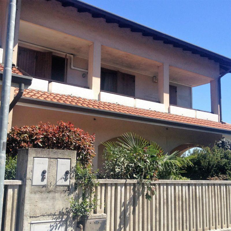 Villa in vendita a Olgiate Olona, 4 locali, prezzo € 298.000 | Cambio Casa.it