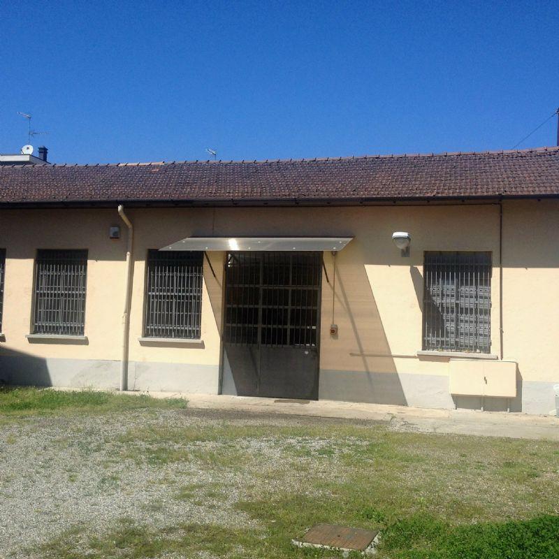 Soluzione Indipendente in vendita a Olgiate Olona, 9999 locali, prezzo € 230.000 | Cambio Casa.it