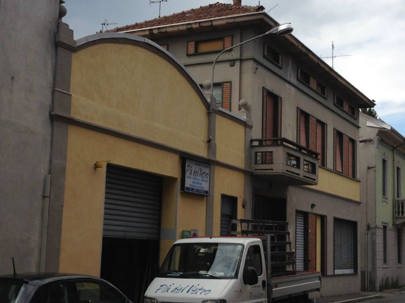 Immobile Commerciale in vendita a Busto Arsizio, 9999 locali, prezzo € 320.000 | Cambio Casa.it