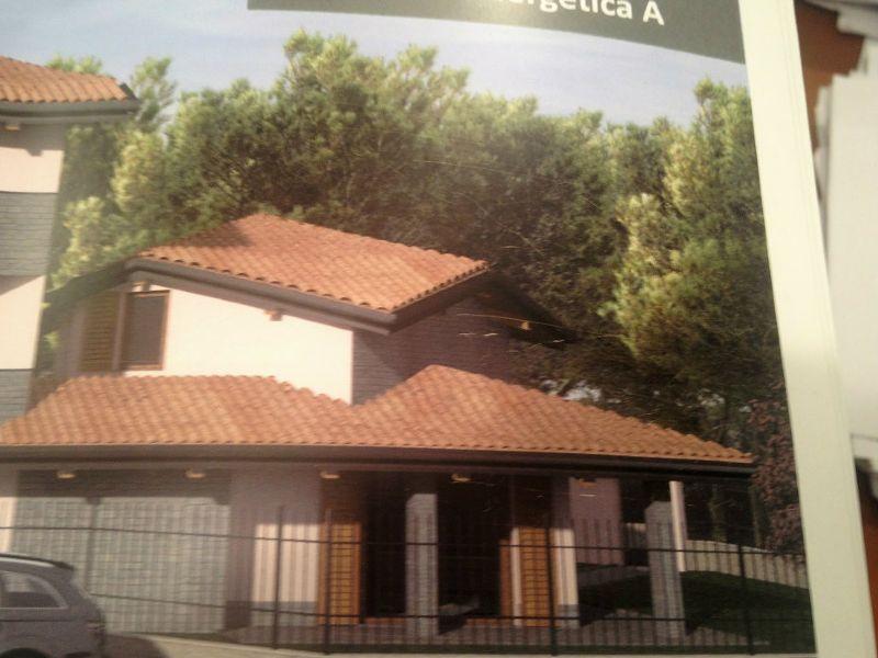Villa in vendita a Olgiate Olona, 4 locali, prezzo € 380.000 | Cambio Casa.it