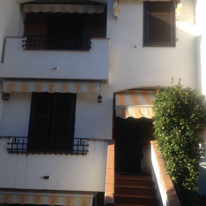 Villa a Schiera in Vendita a Solbiate Olona