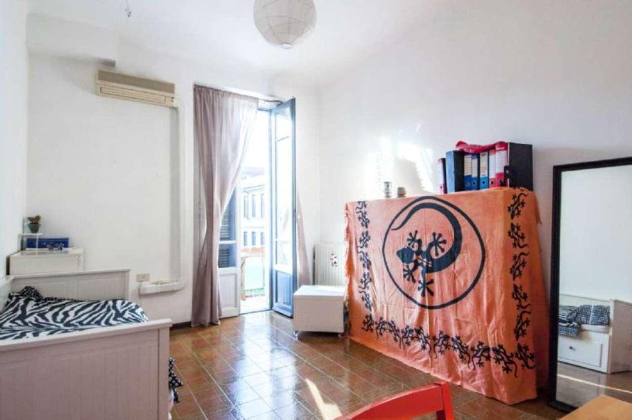 Bilocale Milano Via Monte Piana 10