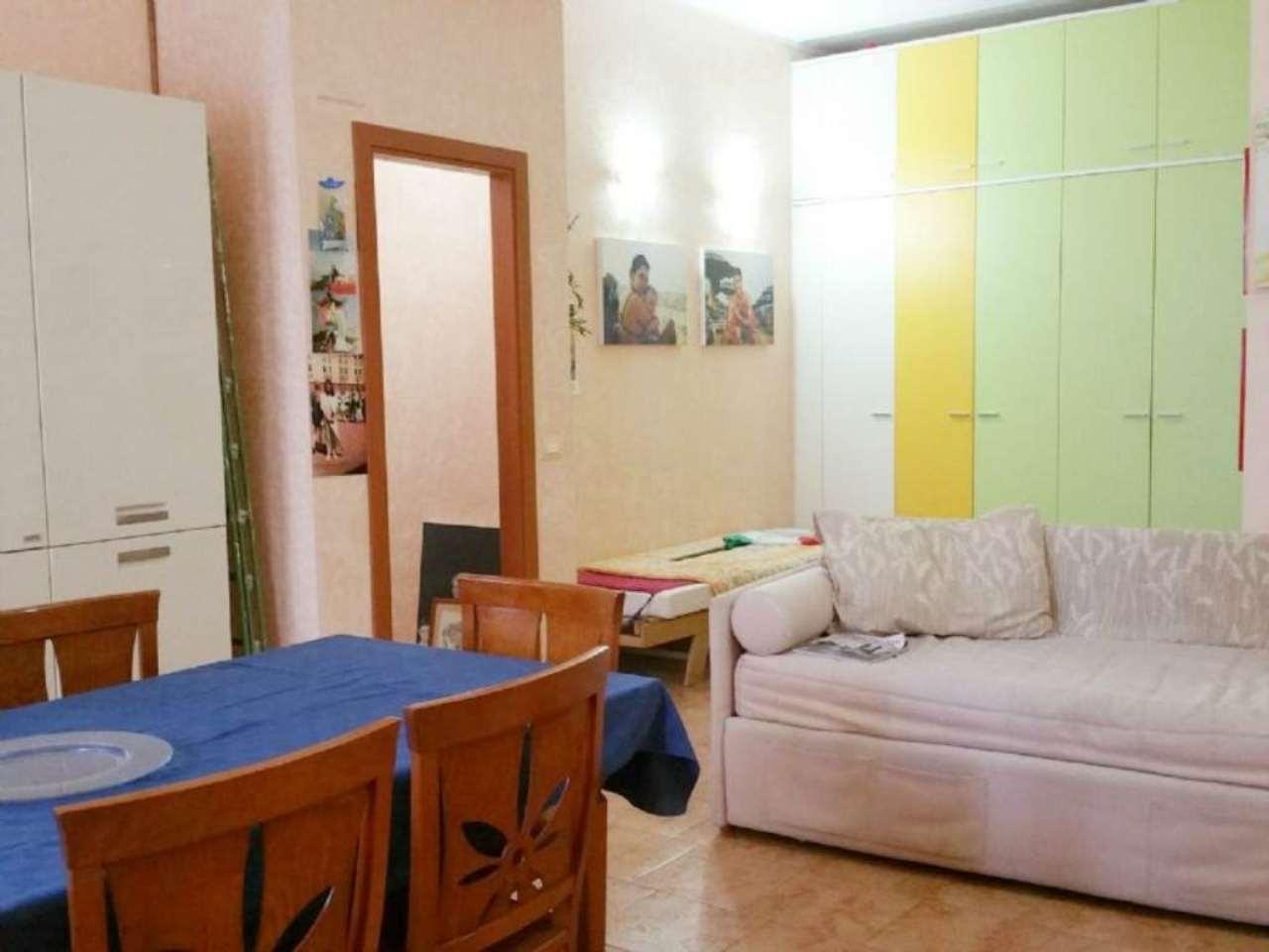 Bilocale Milano Via Maffucci 4