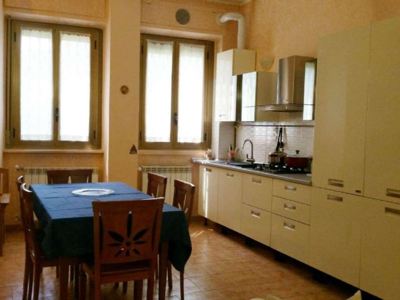 Bilocale Milano Via Maffucci 6