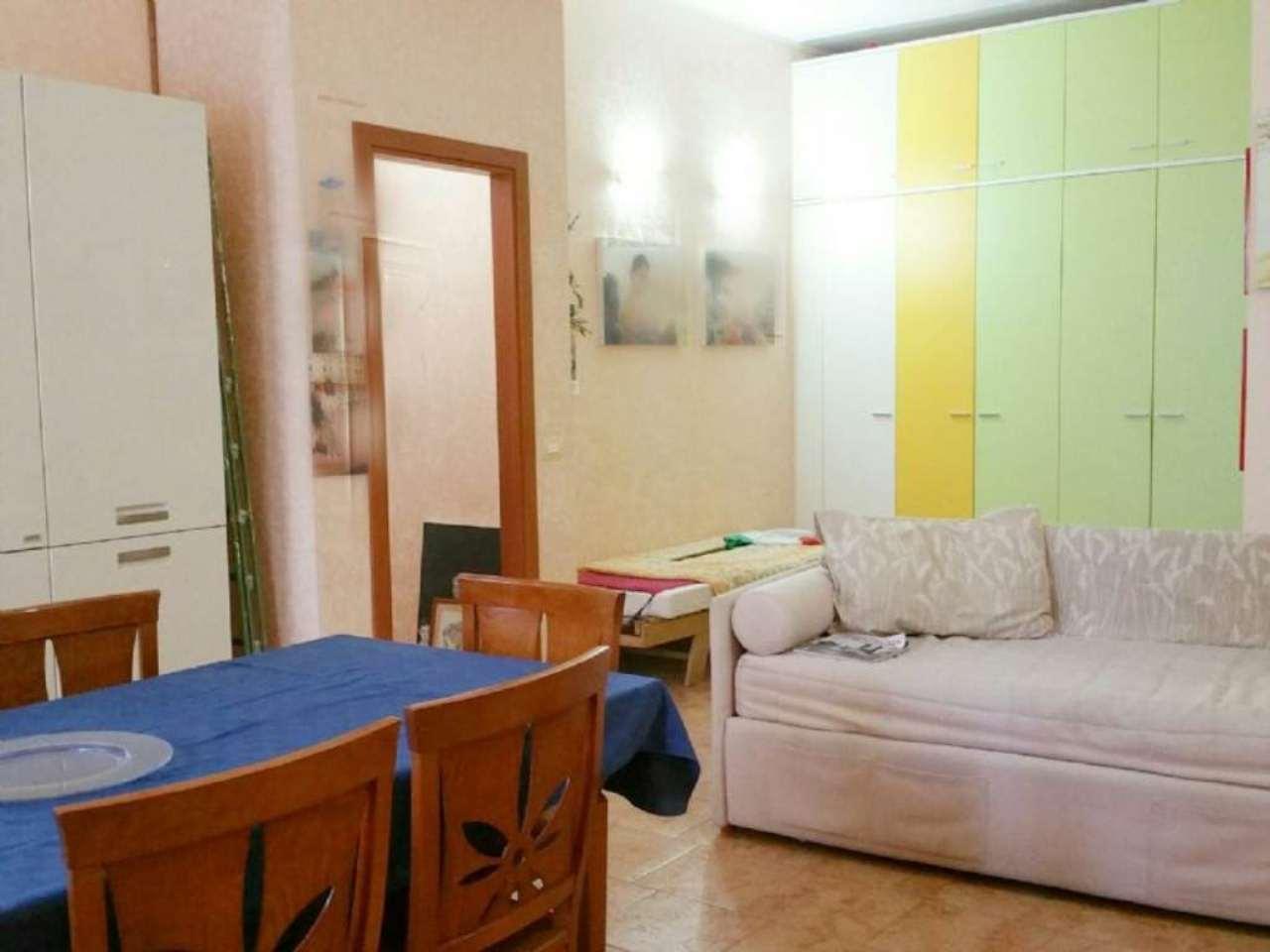 Bilocale Milano Via Maffucci 10
